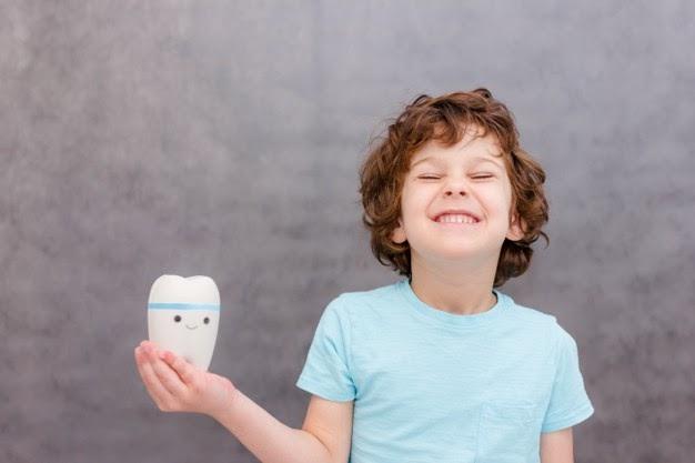 prevenire carie nei bambini sorriso